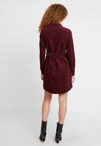 New Look - BELTED DRESS - Vestido informal - burgundy - 3