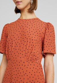 New Look - CAROL SPOT SPLIT - Day dress - brown pattern - 6