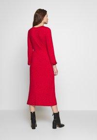 New Look - CAROL SPOT EMPIRE WAIST MIDI - Jersey dress - red - 2