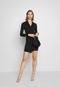 New Look - WRAP FRONT BUCKLE MINI - Pouzdrové šaty - black - 1