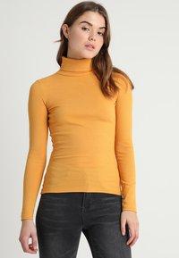 New Look - ROLL NECK - Bluzka z długim rękawem - dark yellow - 0