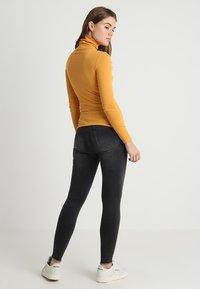 New Look - ROLL NECK - Bluzka z długim rękawem - dark yellow - 2