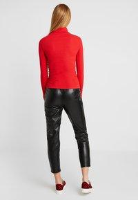 New Look - ROLL NECK - Bluzka z długim rękawem - red - 2