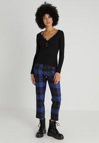 New Look - Y NECK POPPER - Long sleeved top - black - 1