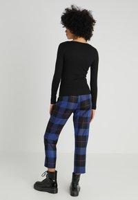 New Look - Y NECK POPPER - Long sleeved top - black - 2