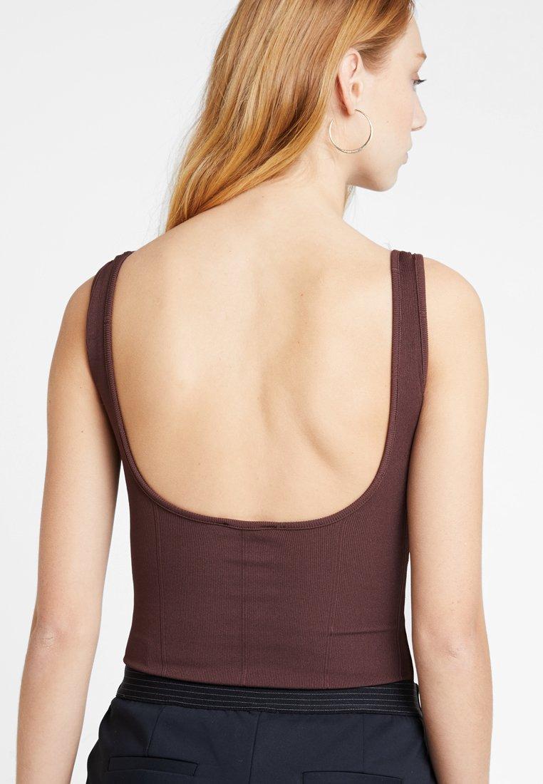 New Look - GO SCOOP BACK - Top - mid brown