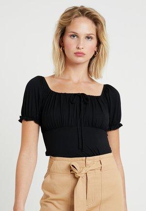 MILKMAID - T-shirt z nadrukiem - black