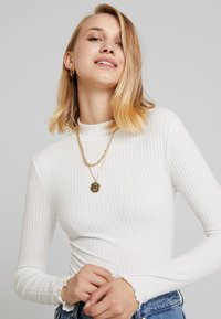 New Look - LETTUCE EDGE - Long sleeved top - off white - 4