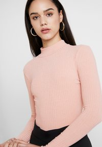 New Look - LETTUCE EDGE - Long sleeved top - pink - 4