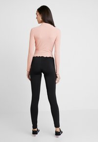 New Look - LETTUCE EDGE - Long sleeved top - pink - 2