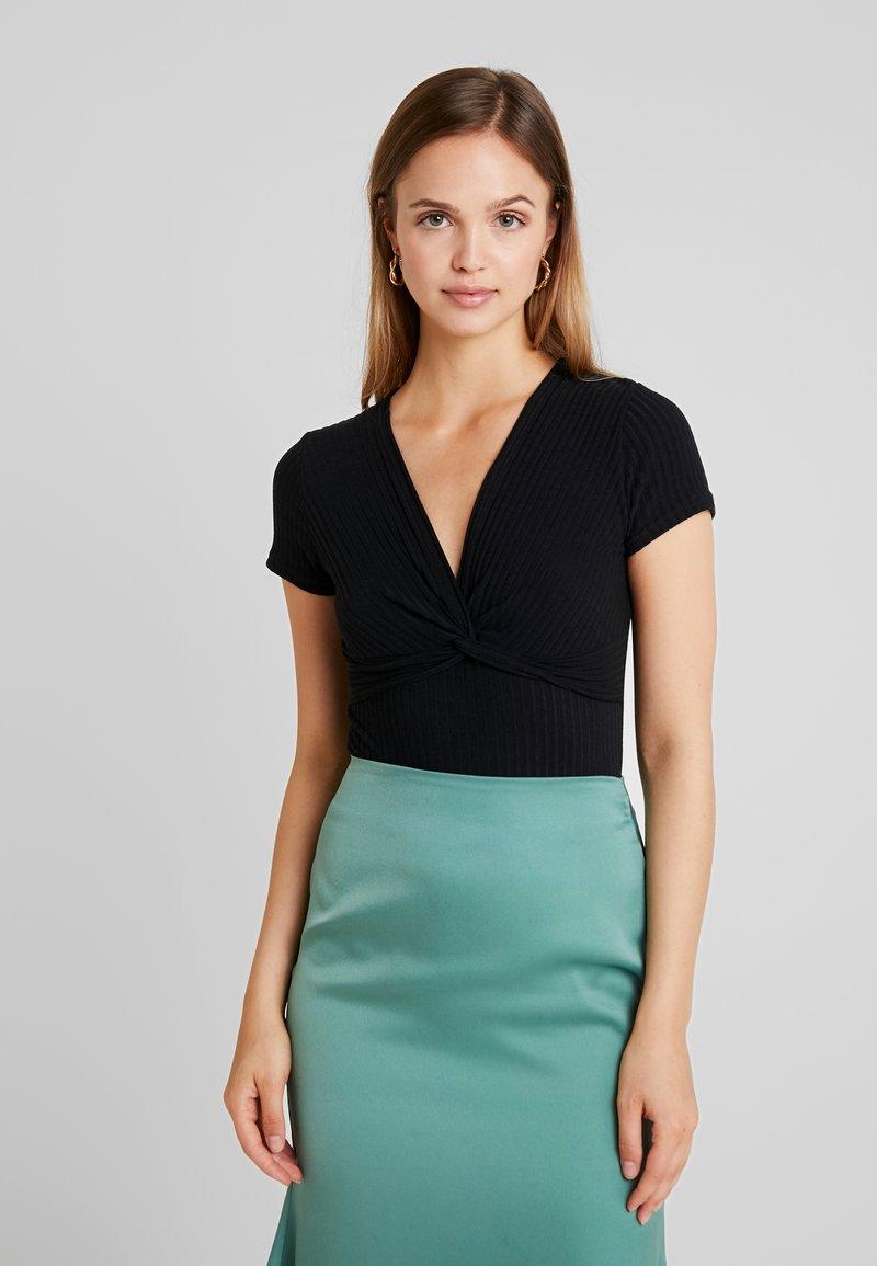 New Look - TWIST FRONT BODY - T-Shirt print - black