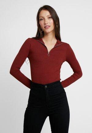 ZIP HIGH NECK - Langærmede T-shirts - rust