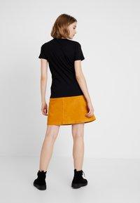 New Look - QUEEN ROCK - T-Shirt print - black - 2