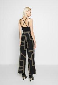 New Look - GO NOTCH NECK BODY - Top - black - 2