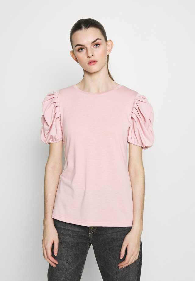 RUHED - T-shirt con stampa - mid pink