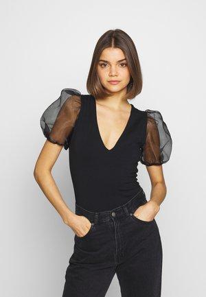 ORGANZA PUFF BODY - T-shirt med print - black