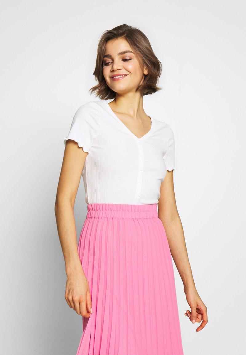 New Look - VARI BUTTON TEE - T-Shirt print - off white