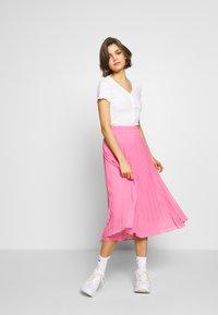 New Look - VARI BUTTON TEE - T-Shirt print - off white - 1