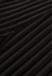 New Look - SELF STRIPE BARDOT CROP - Triko spotiskem - black - 2