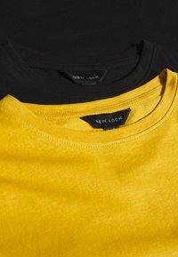 New Look - GIRLFRIEND TEE 2 PACK - T-shirt basic - black/yellow - 4