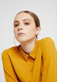 New Look - PLAIN LEAD - Paitapusero - mustard - 4
