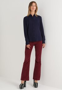 New Look - PLAIN LEAD - Skjorte - navy - 1
