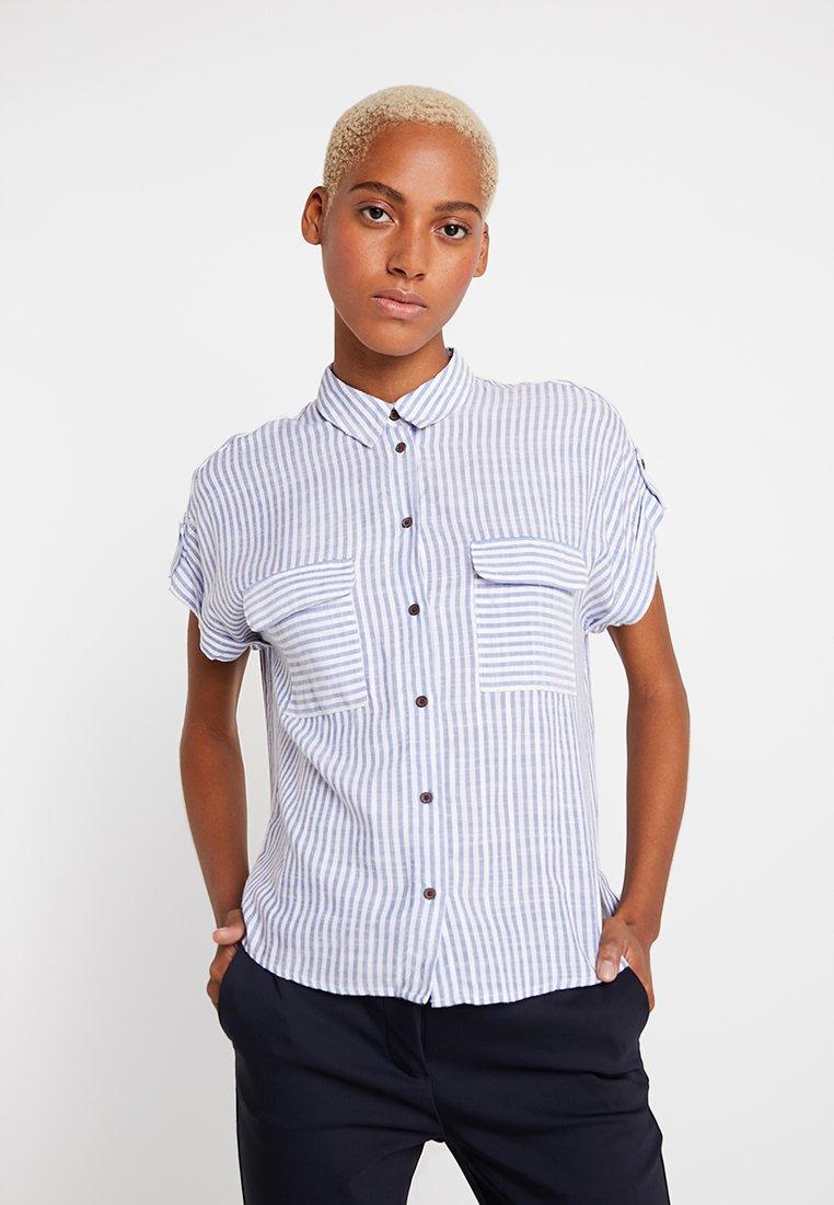 New Look - JEFF STRIPE PATCH POCKET - Button-down blouse - blue
