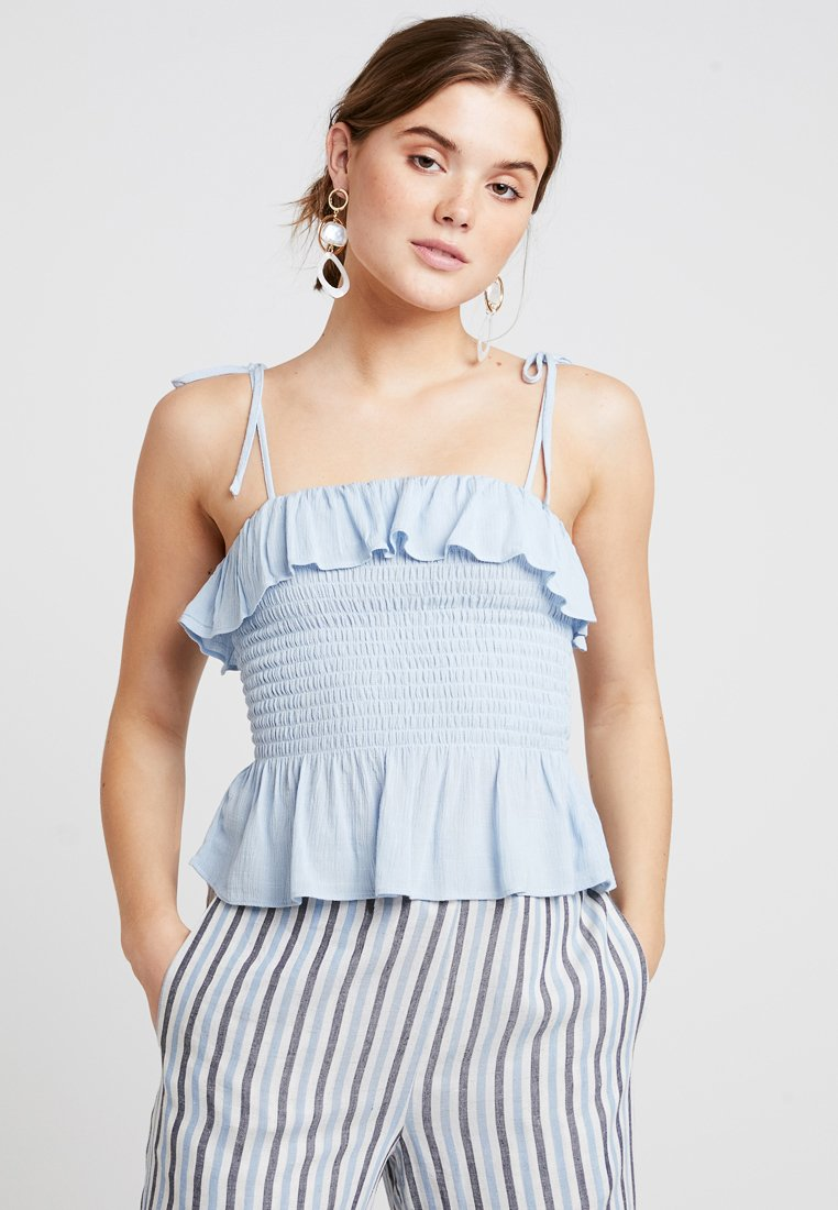 New Look - PLAIN SHIRRED BODY FRILL CAMI - Bluser - light blue