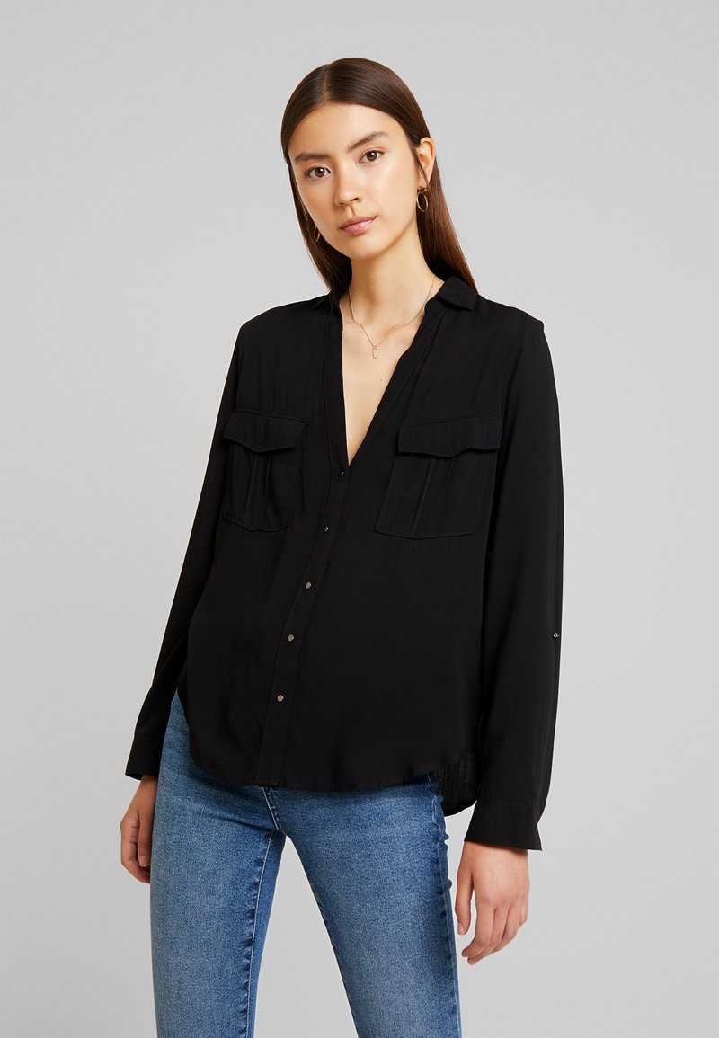 New Look - EARNIE UTILITY PATCH POCKET - Bluse - black