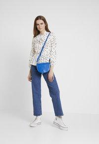 New Look - SPOT BOW PEPLUM - Blouse - white - 1