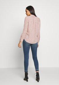 New Look - STEPHANIE SPOT - Skjorte - pink - 2