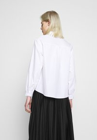 New Look - CROP SHIRT - Camicia - white - 2