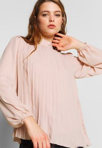 New Look - PLAIN  PLEATED TIE BACK - Blouse - pale pink - 3