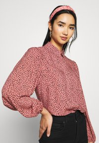 New Look - MAGGIE MAE BLOUSE - Camicia - black - 3