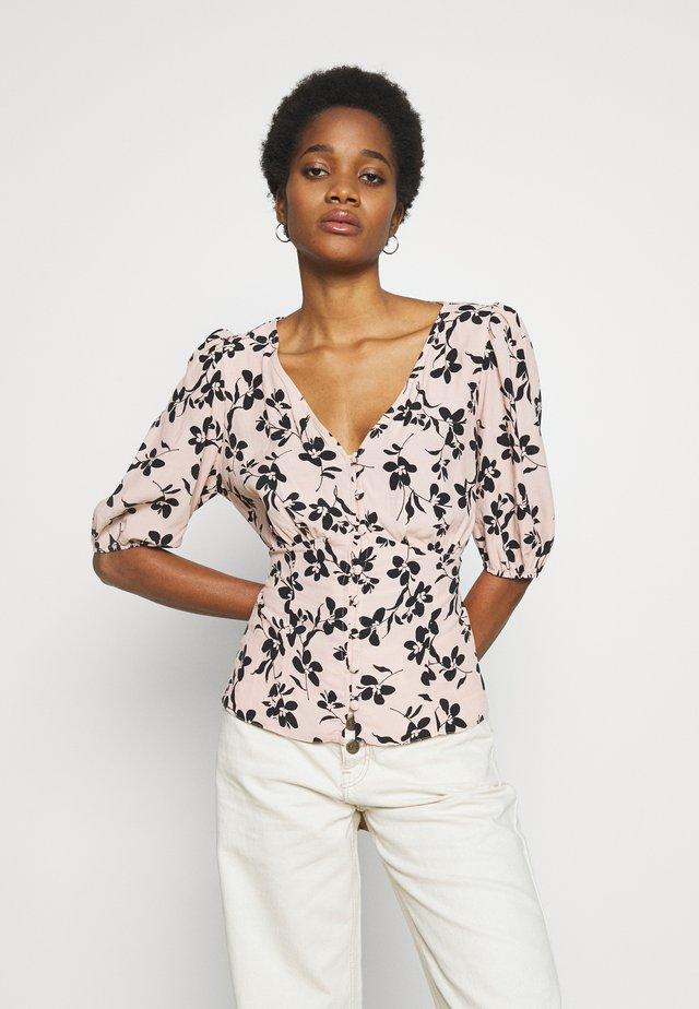 ULLA FLORAL TEA BLOUSE - Button-down blouse - pink pattern