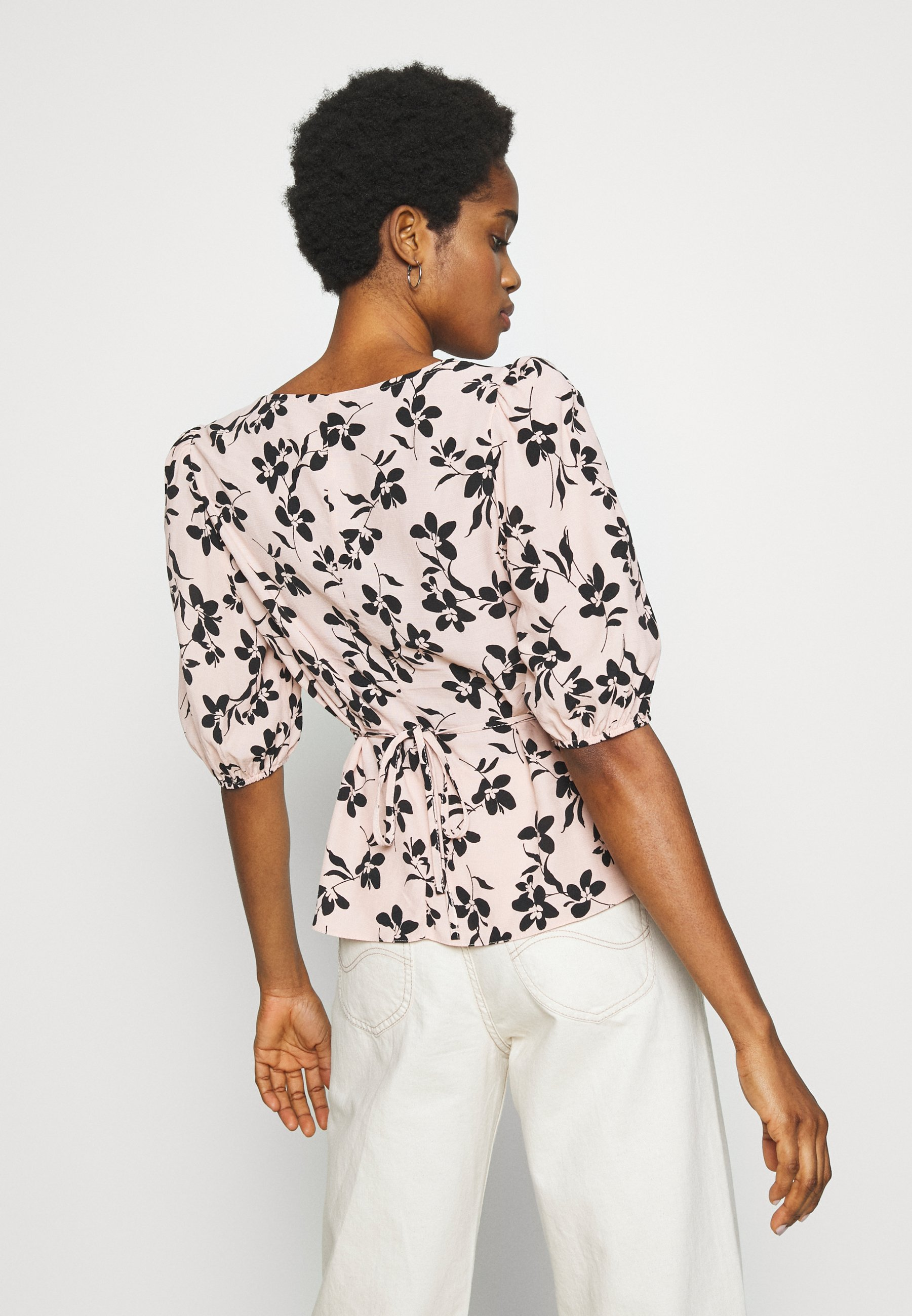 New Look ULLA FLORAL TEA BLOUSE - Koszula - pink pattern