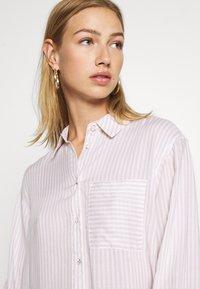 New Look - REX STRIPE - Button-down blouse - white - 3