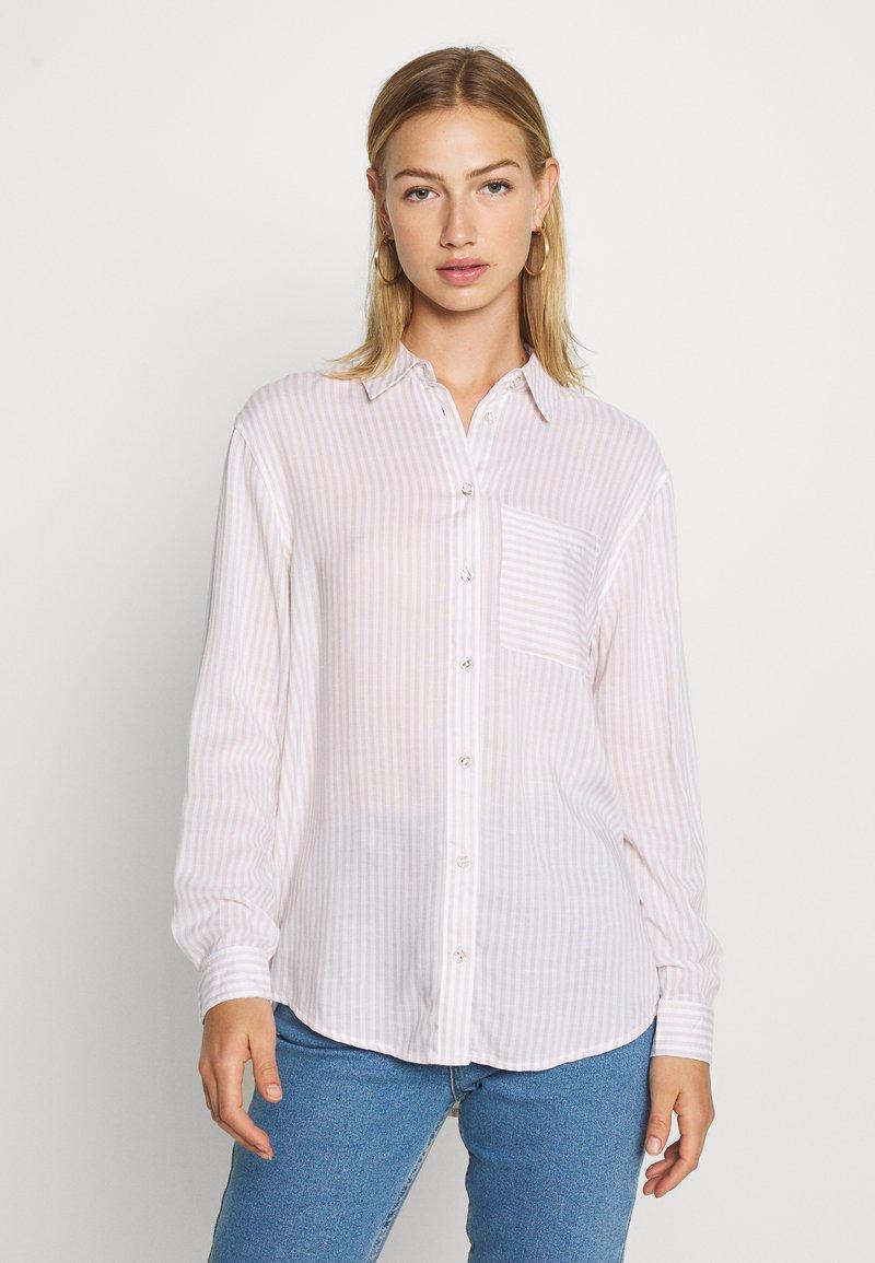 New Look - REX STRIPE - Button-down blouse - white