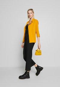 New Look - CREPE - Blazer - dark yellow - 1