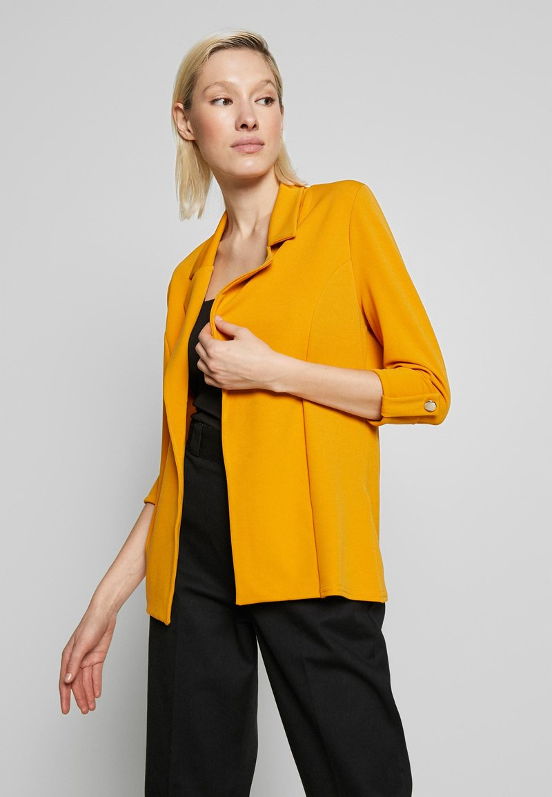 New Look - CREPE - Blazer - dark yellow
