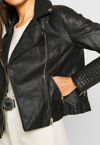 New Look - VERBENA QUILTED BIKER - Keinonahkatakki - black - 5