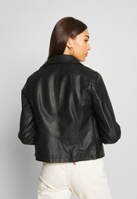 New Look - VERBENA QUILTED BIKER - Keinonahkatakki - black - 2