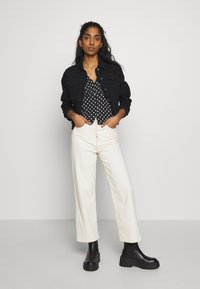 New Look - ELLIOT LEAD IN JACKET - Denim jacket - black - 1