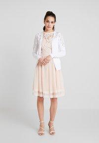New Look - YOKE CARDI - Chaqueta de punto - white - 1