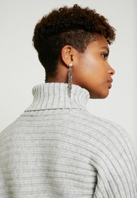 New Look - ROLL CROP - Sweter - light grey - 5
