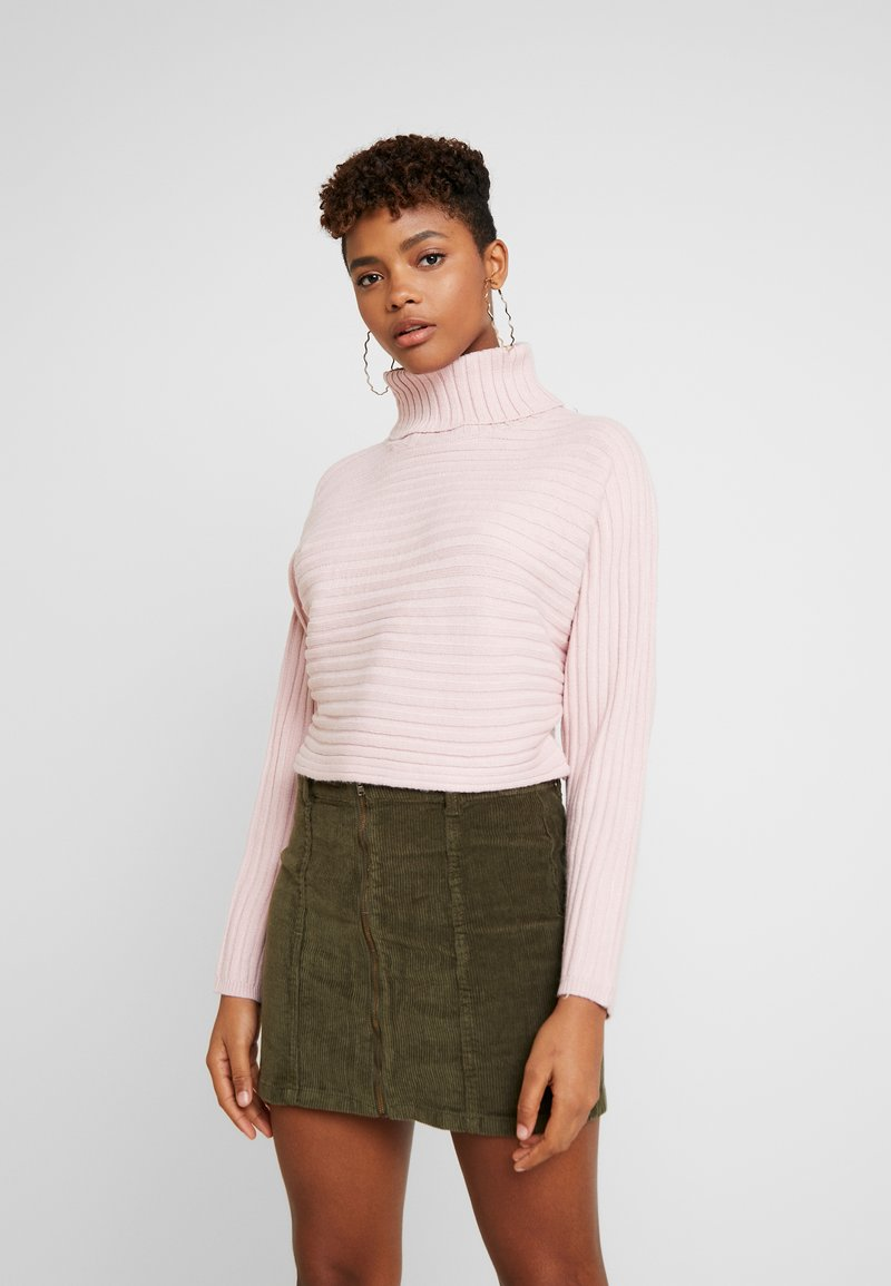 New Look - ROLL CROP - Trui - shell pink