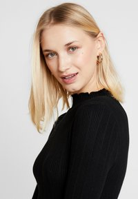 New Look - LETTUCE EDGE STAND NECK - Maglione - black - 3