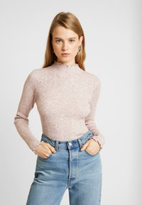 New Look - LETTUCE EDGE STAN - Sweter - light pink - 0