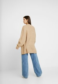 New Look - BATWING CARDIP - Cardigan - camel