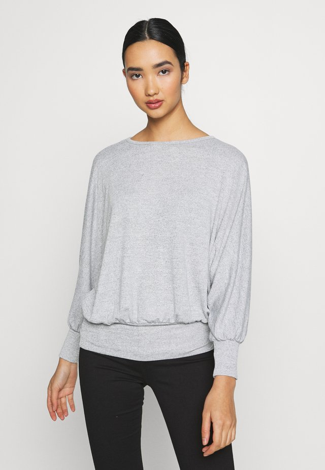 DEEP HEM BATWING - Sweter - light grey